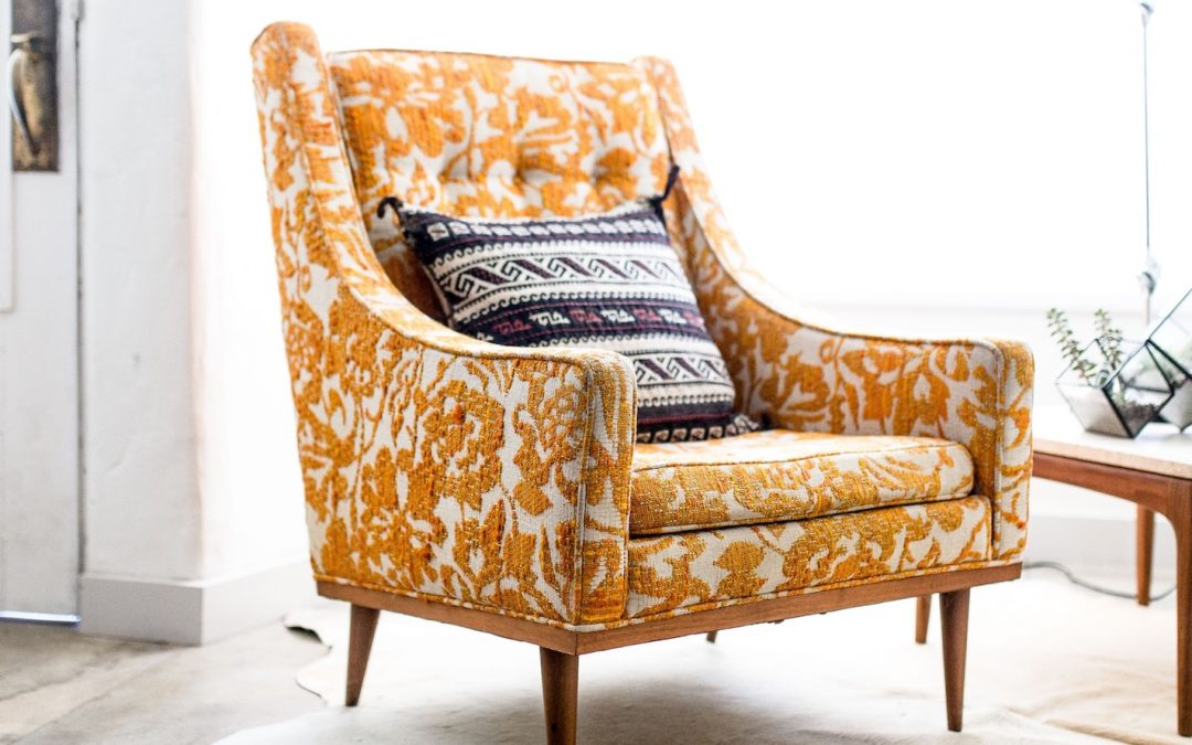 Upholstery cleaning services: why you don't need them!